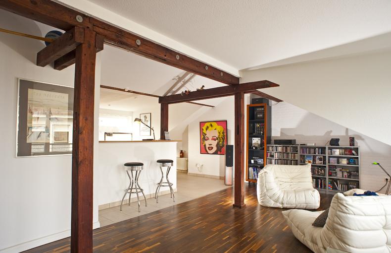 dachgeschoss interior design und m bel ideen. Black Bedroom Furniture Sets. Home Design Ideas